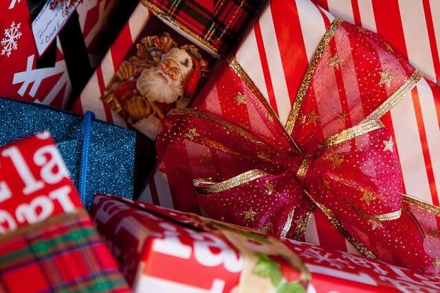 employee christmas gifts
